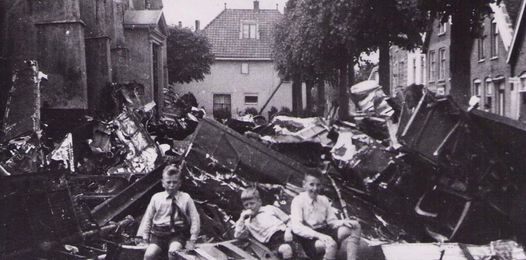Molenaarsgraaf  mei 1944